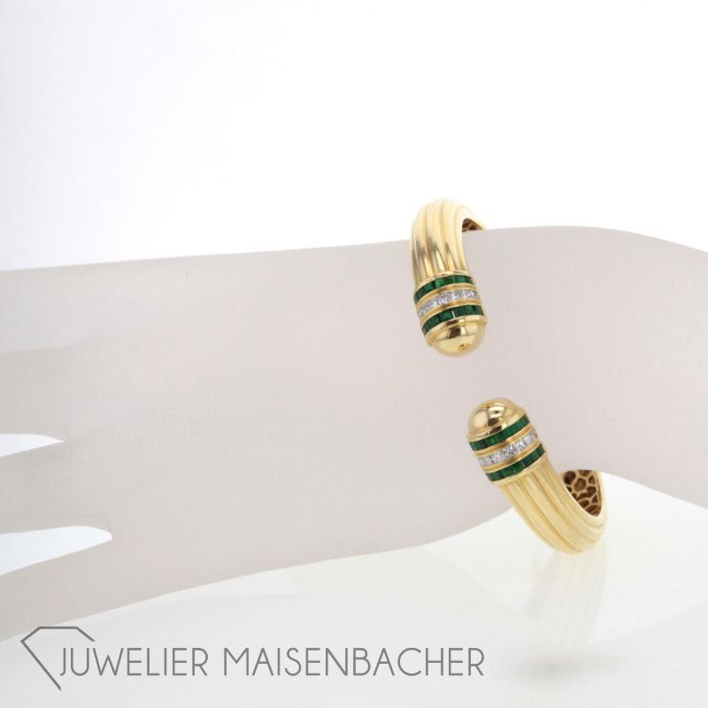 schmuckset mit smaragde diamanten jetzt online kaufen juwelier maisenbacher. Black Bedroom Furniture Sets. Home Design Ideas