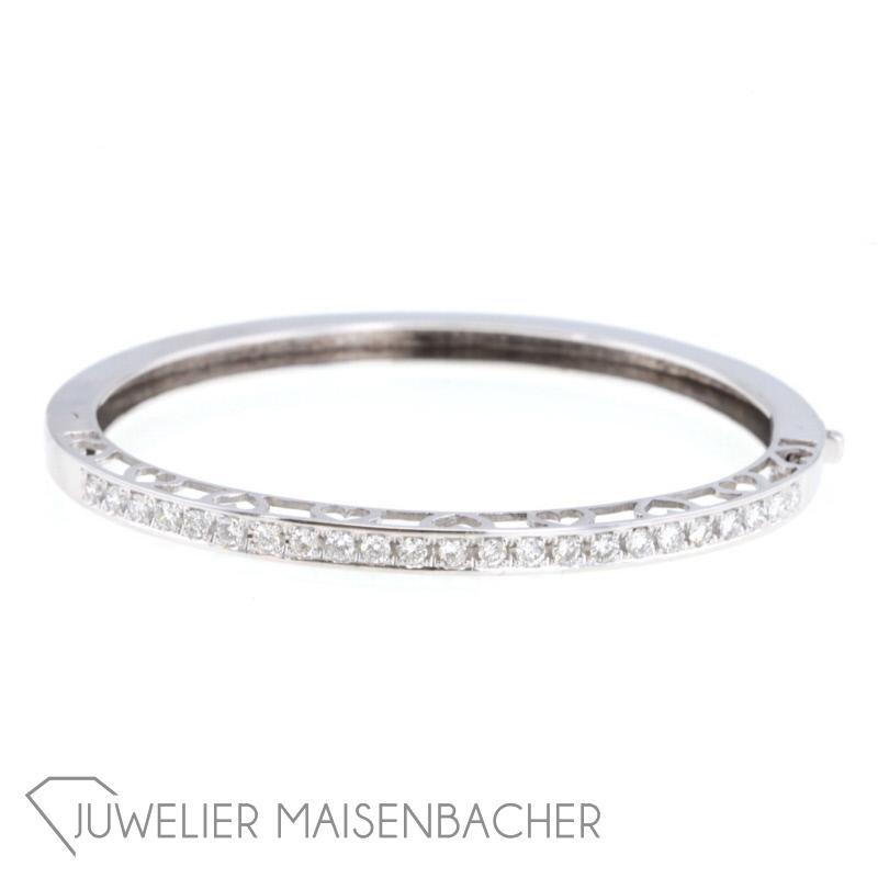 wei gold armreif mit diamanten jetzt online kaufen juwelier maisenbacher. Black Bedroom Furniture Sets. Home Design Ideas